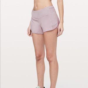 """Lululemon Mesh Over Miles Shorts 3"""" Size 12"""